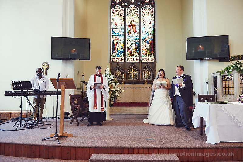 Tina_and_Gerrard_wedding_web_580.JPG