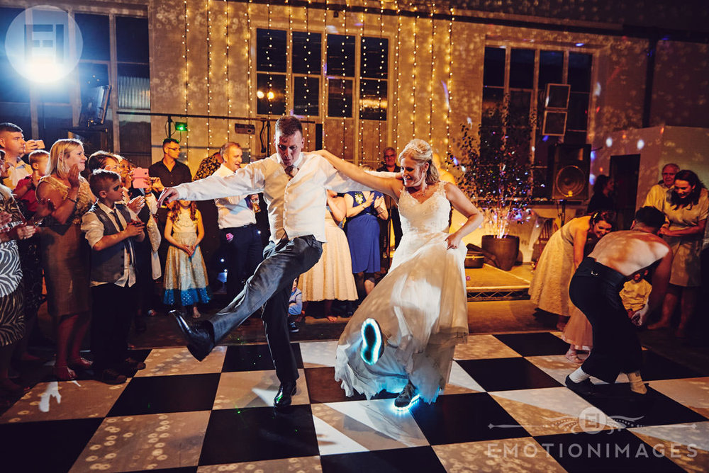 wedding-photographer-london_e-motionimages_013.JPG