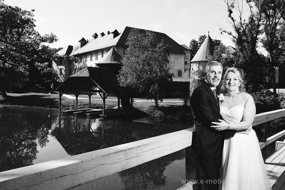Elaine_and_Rick_290517_325B&W_web_res.JPG