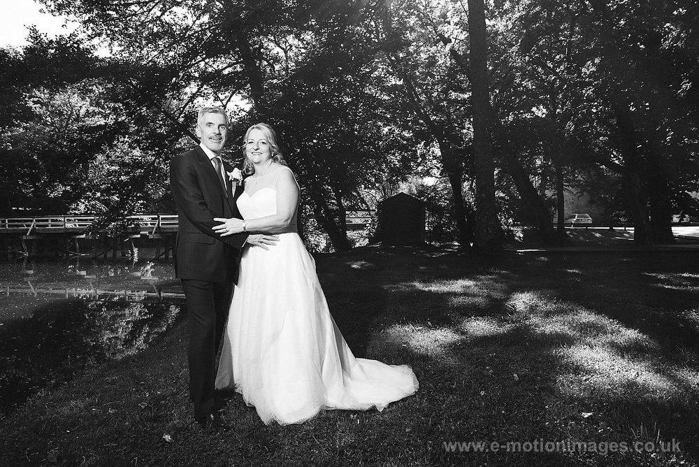 Elaine_and_Rick_290517_337B&W_web_res.JPG