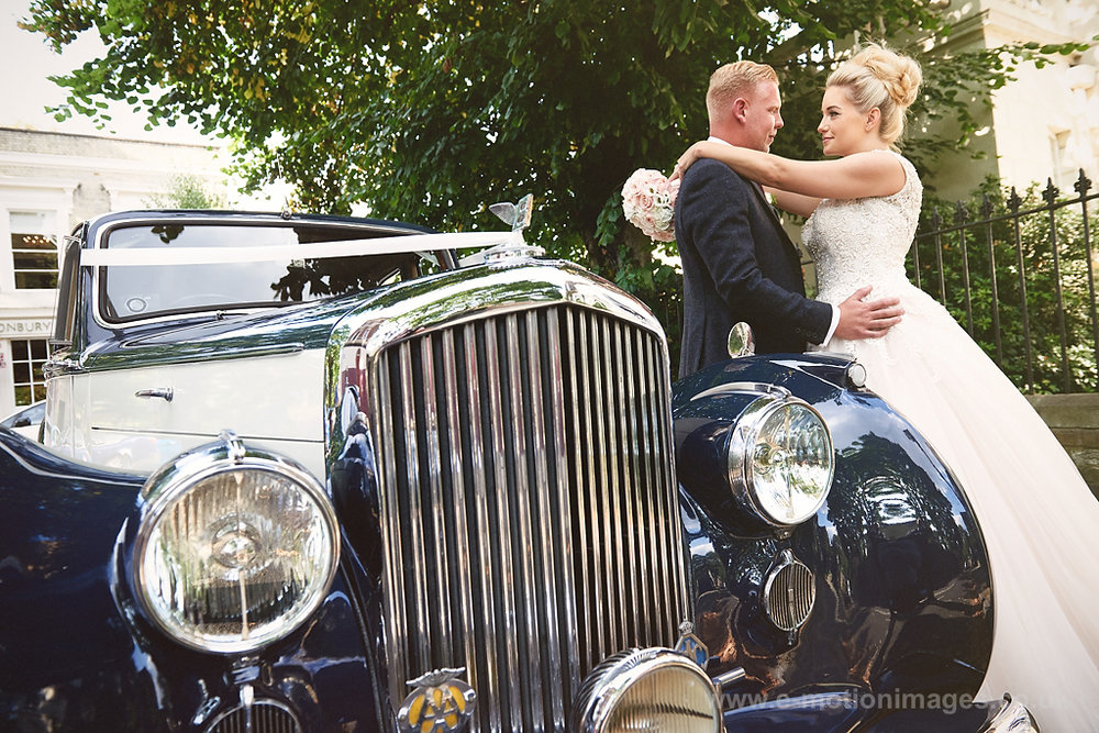 Danielle_and_Joe_preview-london-wedding-photographer_016.JPG