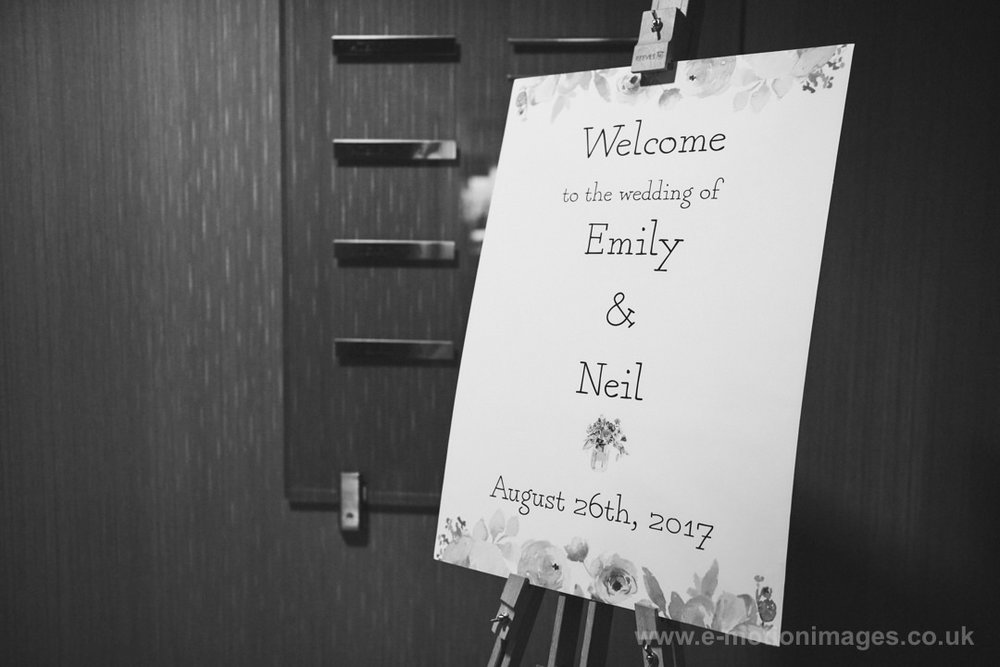 Emily_and_Neil_260817_002B&W_web_res.JPG