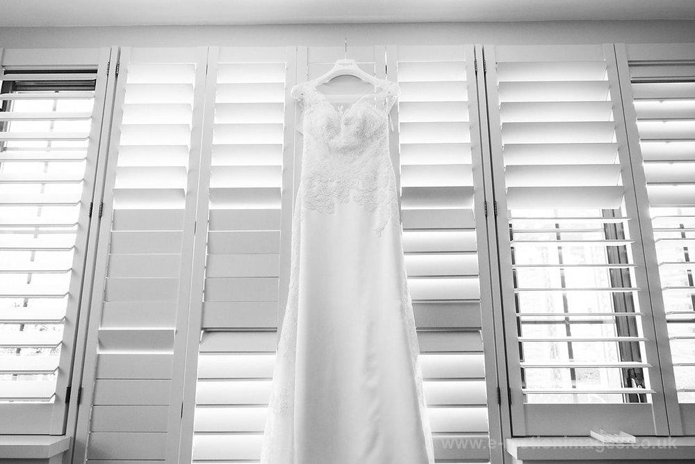 Karen_and_Nick_wedding_020_B&W_web_res.JPG