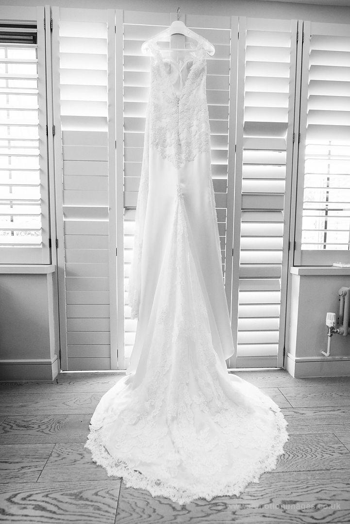 Karen_and_Nick_wedding_022_B&W_web_res.JPG