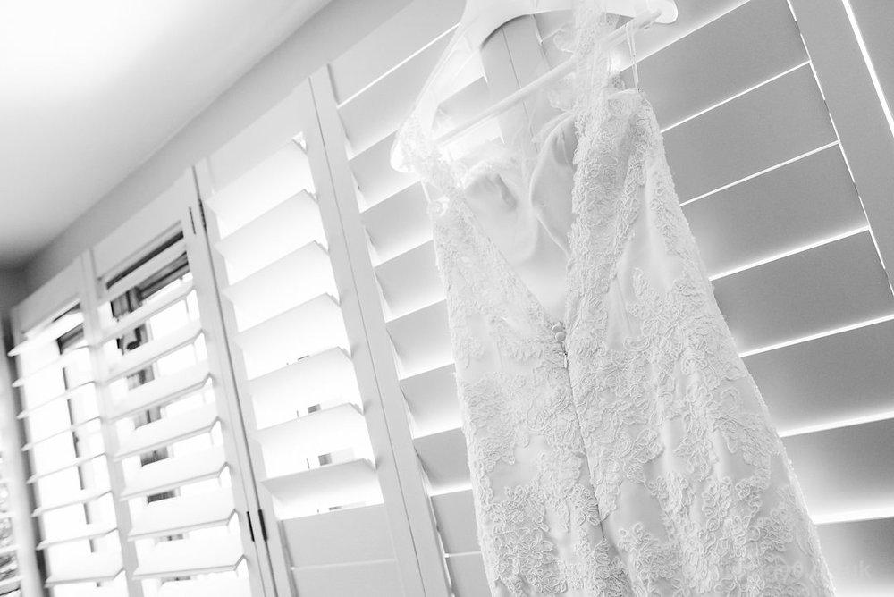 Karen_and_Nick_wedding_024_B&W_web_res.JPG