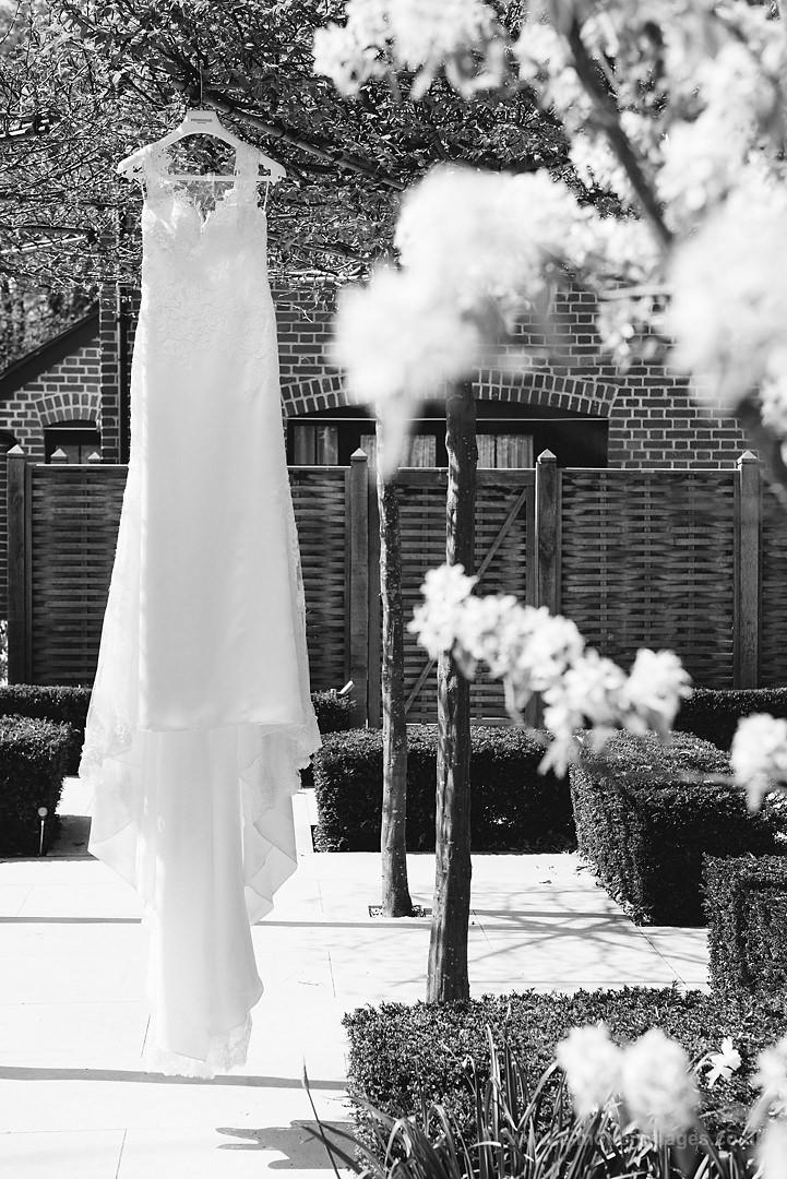 Karen_and_Nick_wedding_028_B&W_web_res.JPG