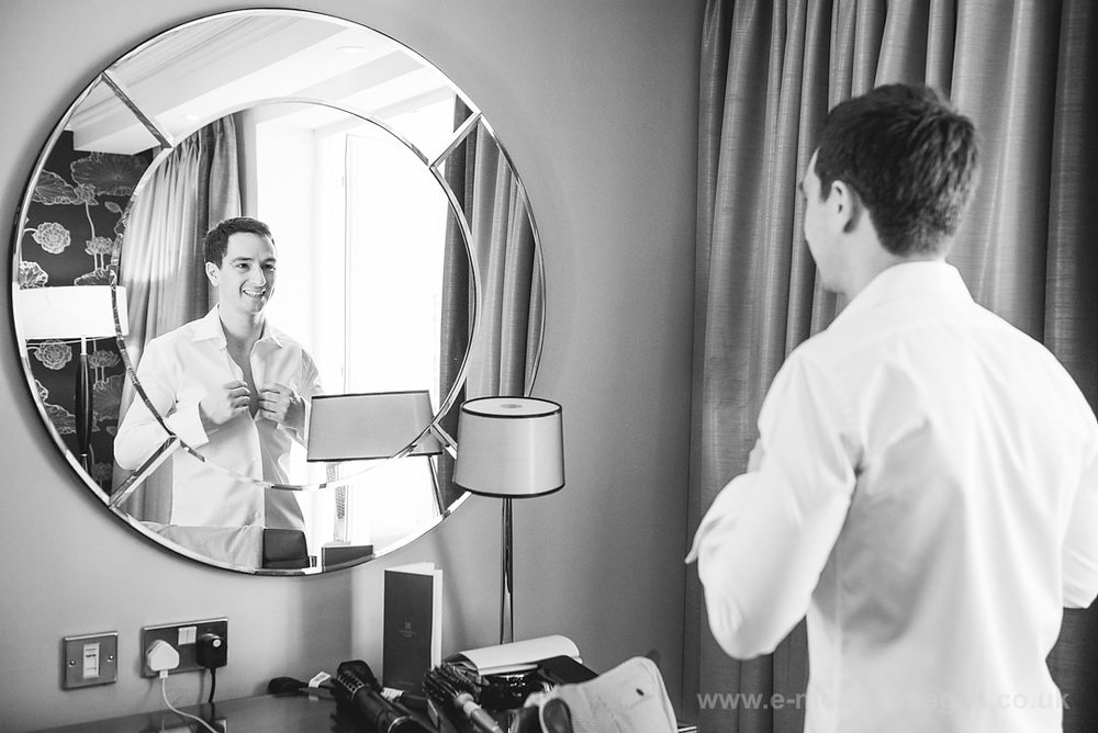 Karen_and_Nick_wedding_095_B&W_web_res.JPG