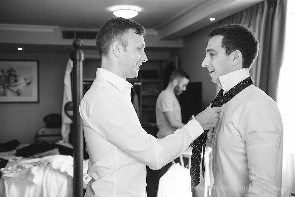 Karen_and_Nick_wedding_100_B&W_web_res.JPG