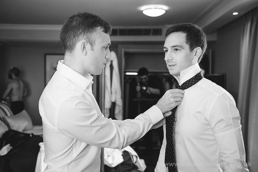 Karen_and_Nick_wedding_101_B&W_web_res.JPG