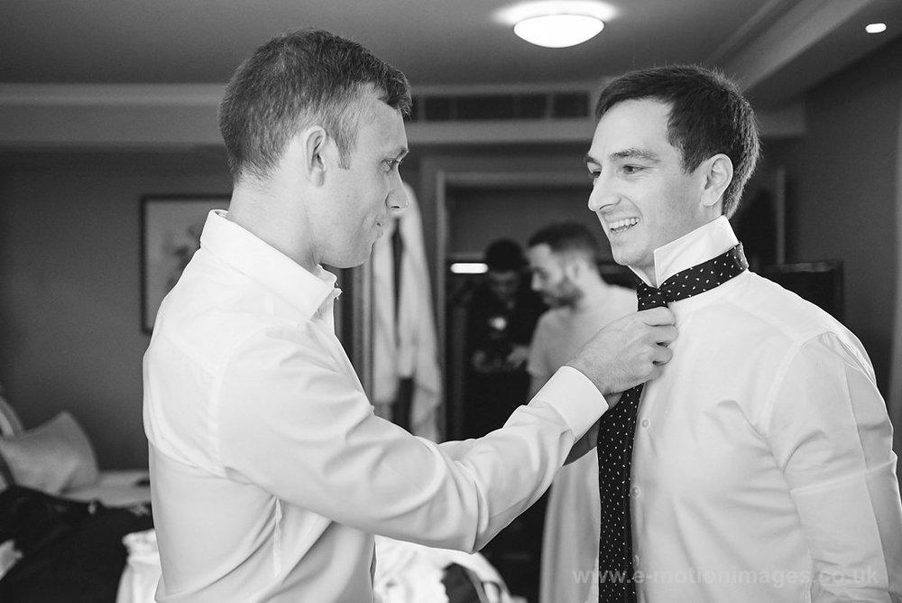 Karen_and_Nick_wedding_102_B&W_web_res.JPG