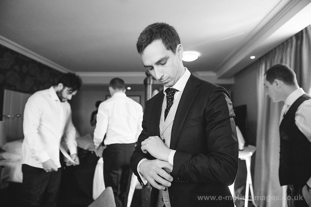 Karen_and_Nick_wedding_108_B&W_web_res.JPG