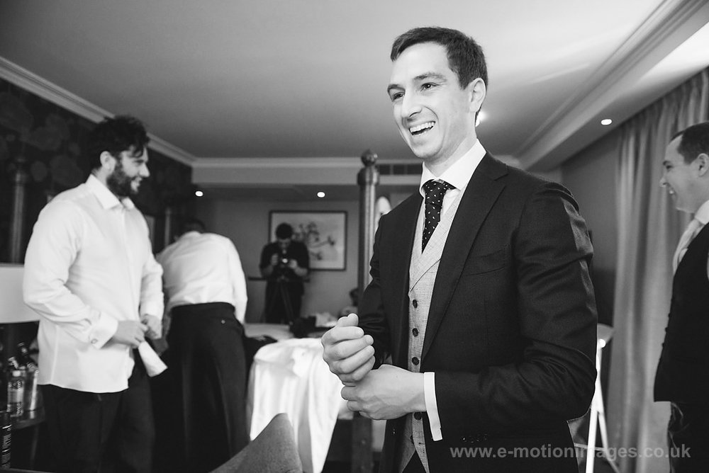Karen_and_Nick_wedding_109_B&W_web_res.JPG