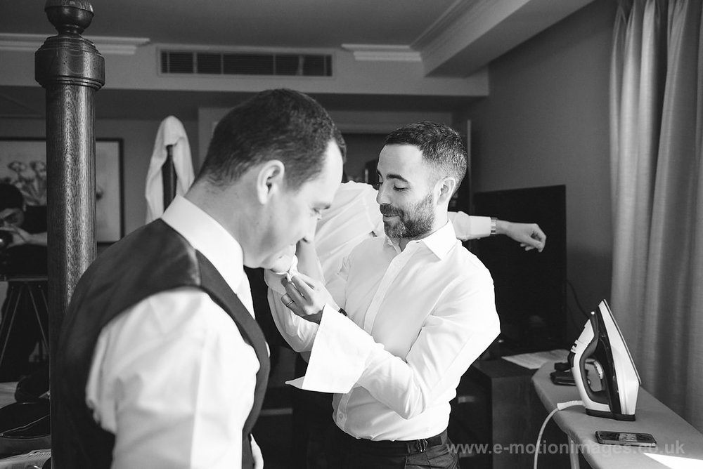 Karen_and_Nick_wedding_111_B&W_web_res.JPG