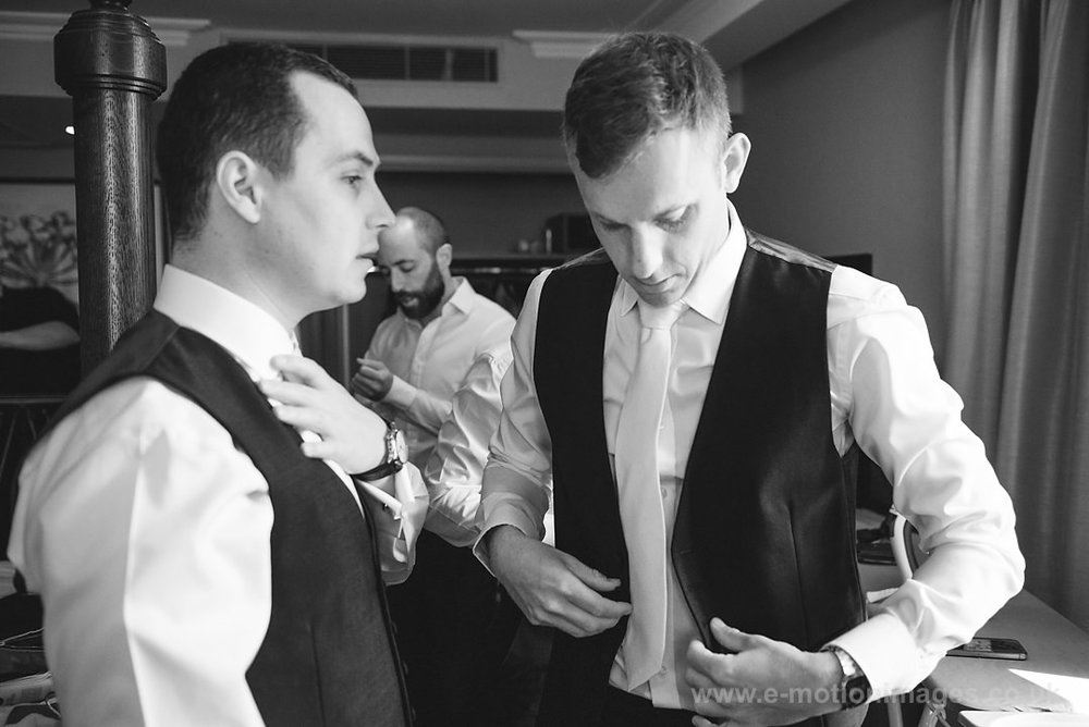 Karen_and_Nick_wedding_112_B&W_web_res.JPG