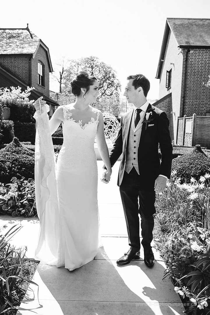 Karen_and_Nick_wedding_127_B&W_web_res.JPG