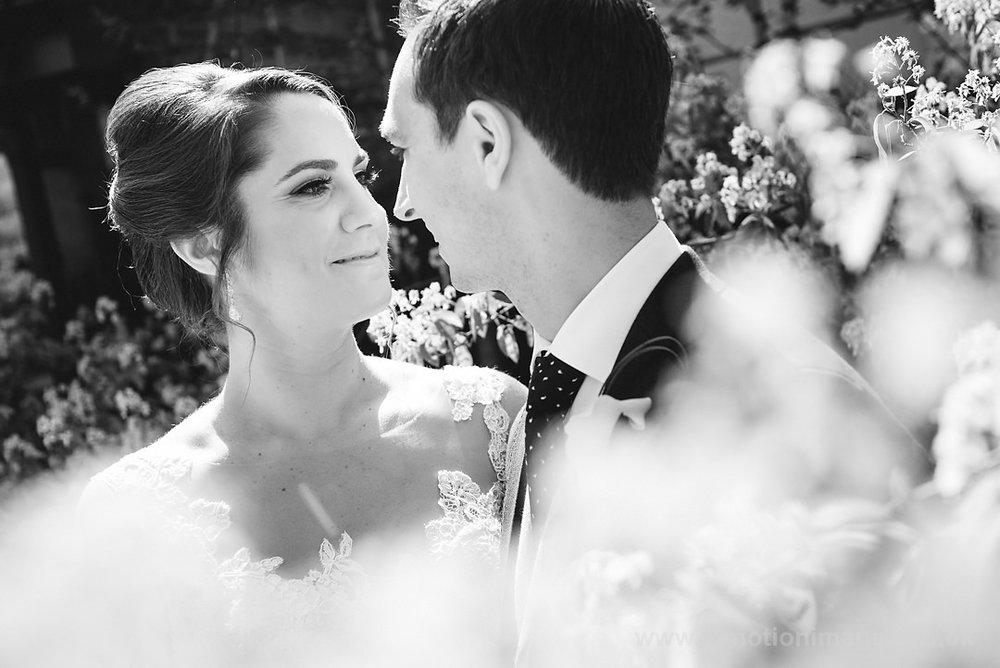 Karen_and_Nick_wedding_131_B&W_web_res.JPG