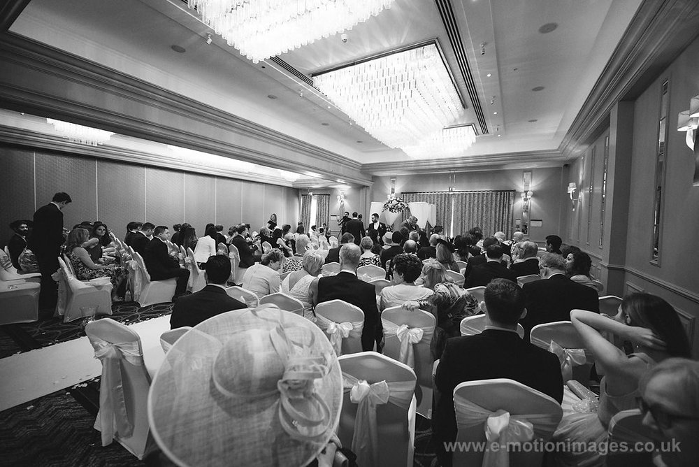Karen_and_Nick_wedding_151_B&W_web_res.JPG