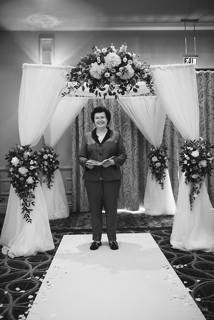 Karen_and_Nick_wedding_153_B&W_web_res.JPG