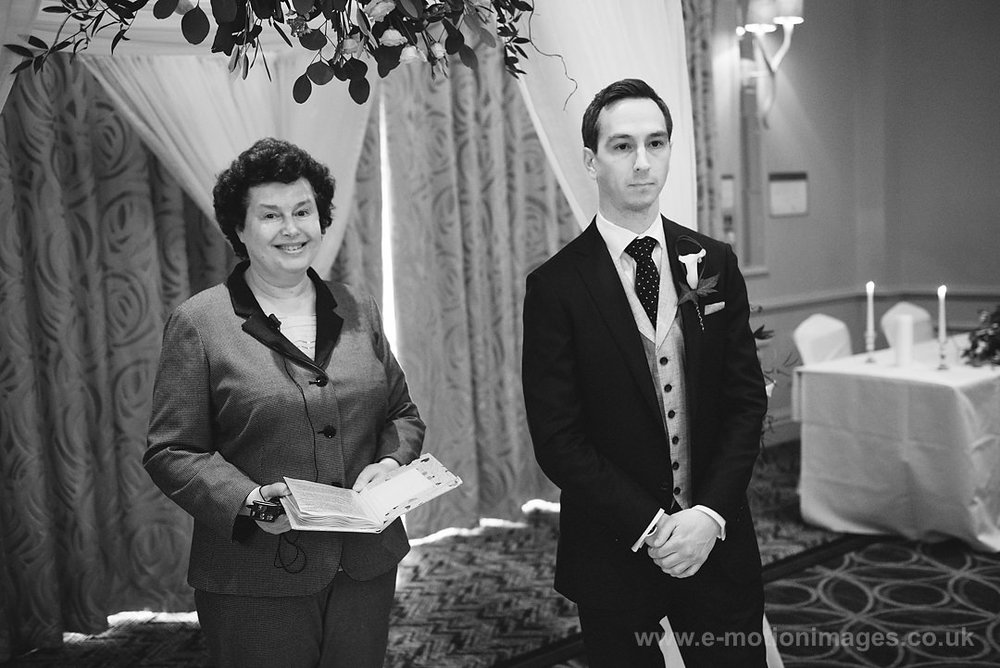 Karen_and_Nick_wedding_160_B&W_web_res.JPG