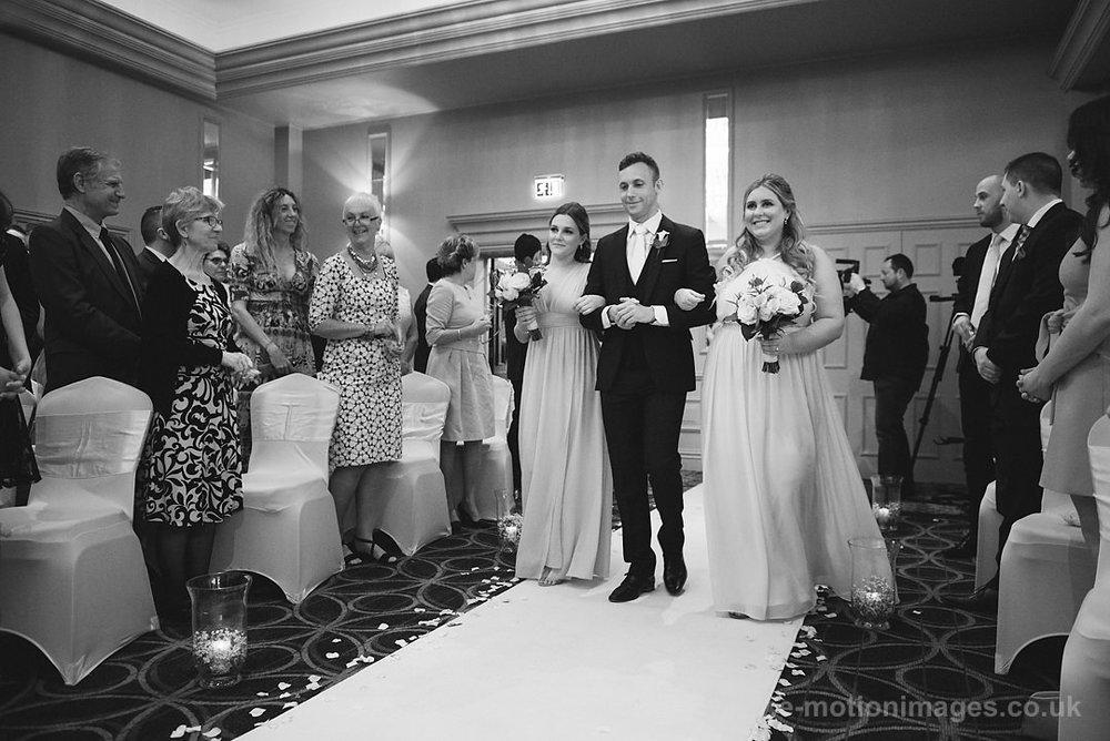 Karen_and_Nick_wedding_163_B&W_web_res.JPG