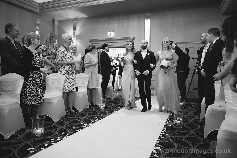 Karen_and_Nick_wedding_165_B&W_web_res.JPG