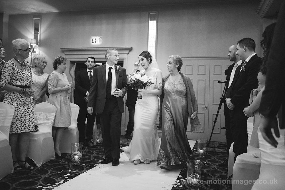 Karen_and_Nick_wedding_171_B&W_web_res.JPG