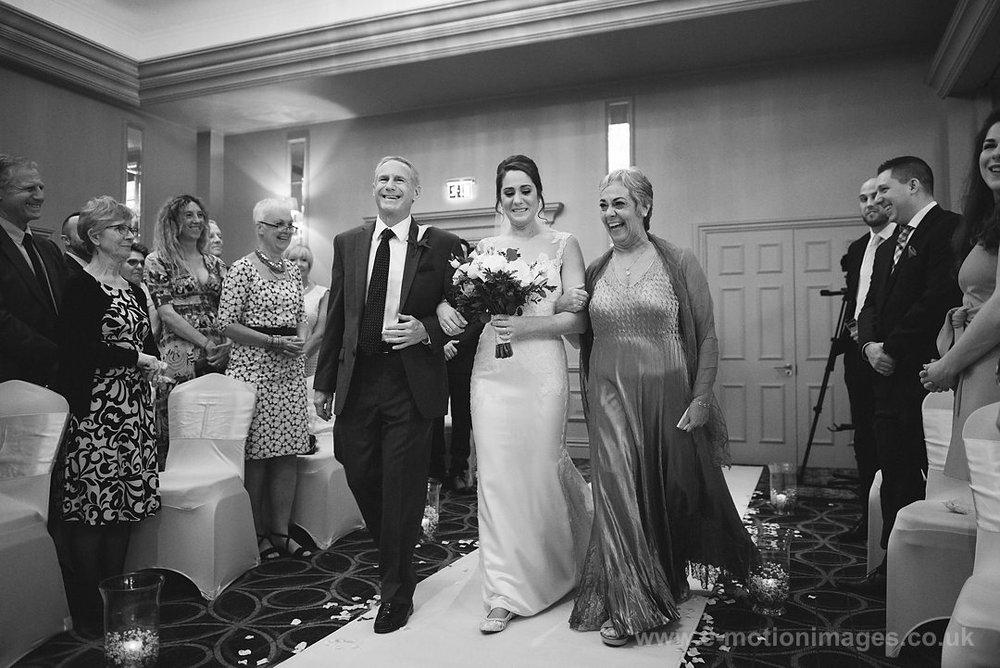 Karen_and_Nick_wedding_172_B&W_web_res.JPG