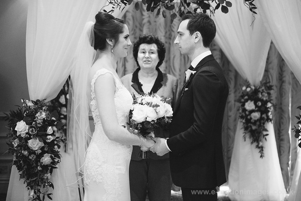 Karen_and_Nick_wedding_181_B&W_web_res.JPG