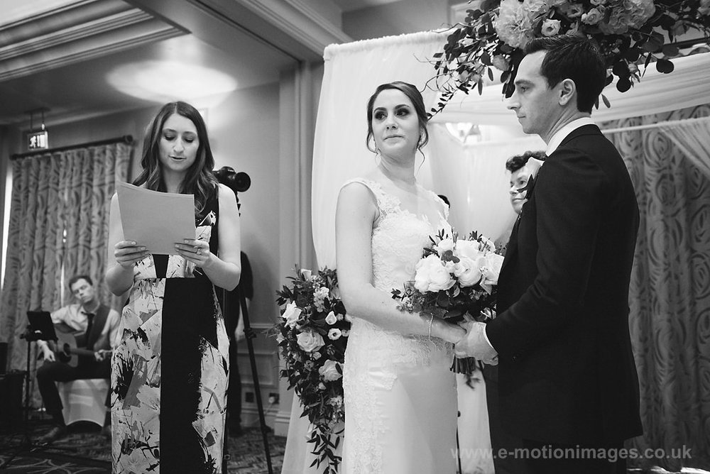 Karen_and_Nick_wedding_184_B&W_web_res.JPG