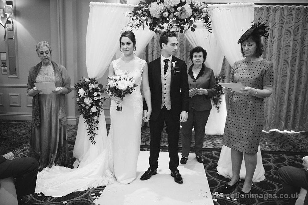 Karen_and_Nick_wedding_216_B&W_web_res.JPG