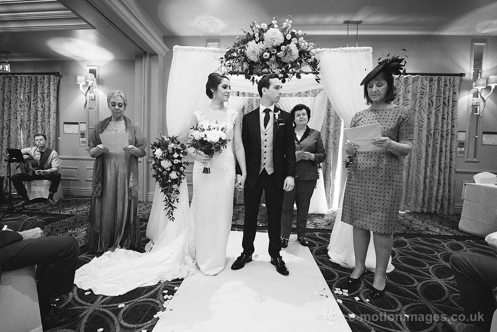 Karen_and_Nick_wedding_217_B&W_web_res.JPG