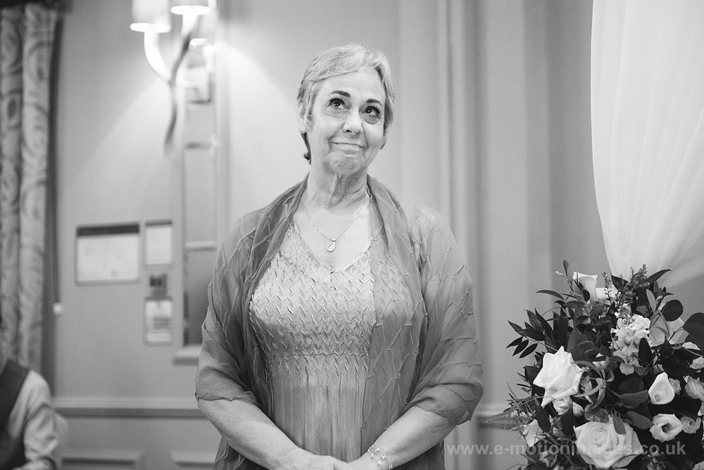 Karen_and_Nick_wedding_219_B&W_web_res.JPG