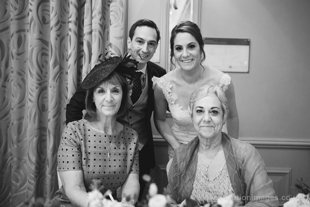 Karen_and_Nick_wedding_230_B&W_web_res.JPG