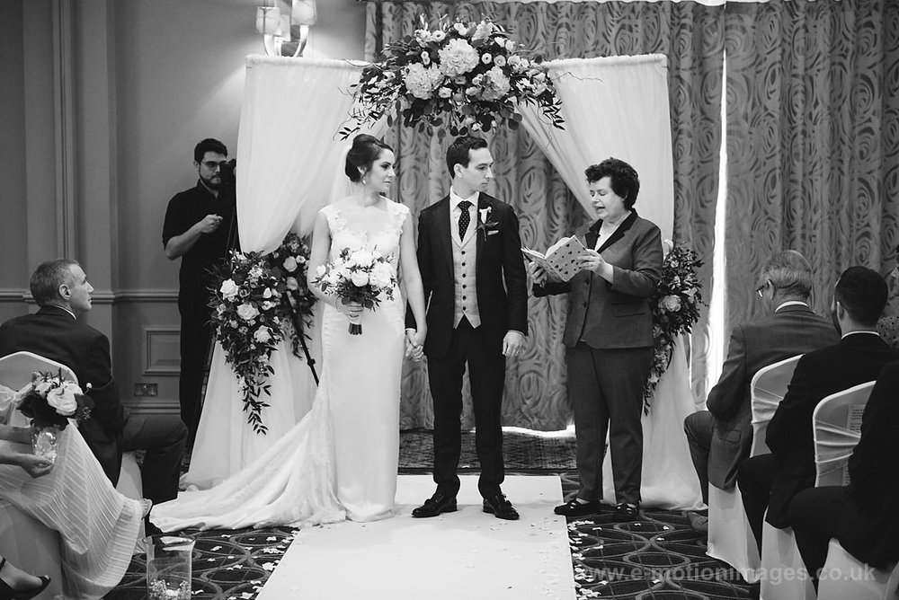 Karen_and_Nick_wedding_231_B&W_web_res.JPG