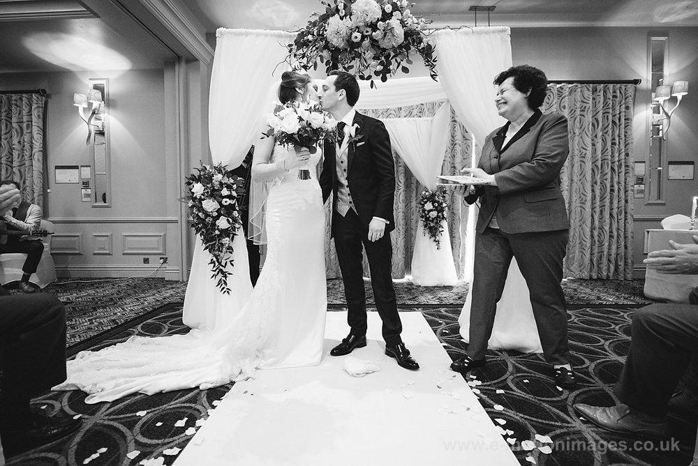 Karen_and_Nick_wedding_241_B&W_web_res.JPG