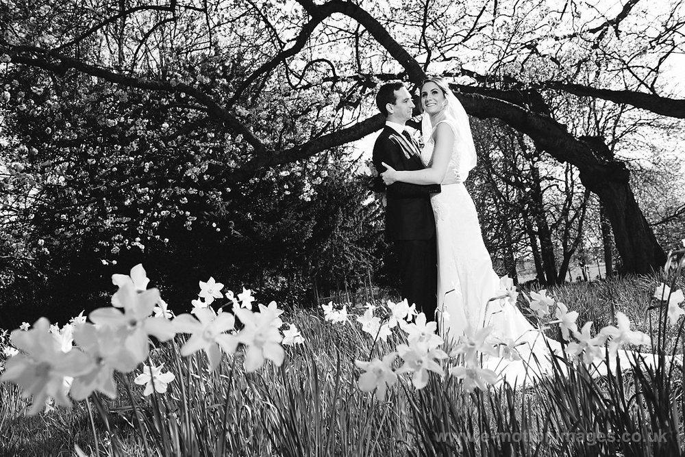 Karen_and_Nick_wedding_303_B&W_web_res.JPG