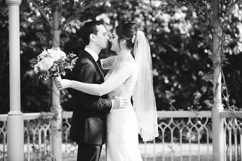 Karen_and_Nick_wedding_305_B&W_web_res.JPG