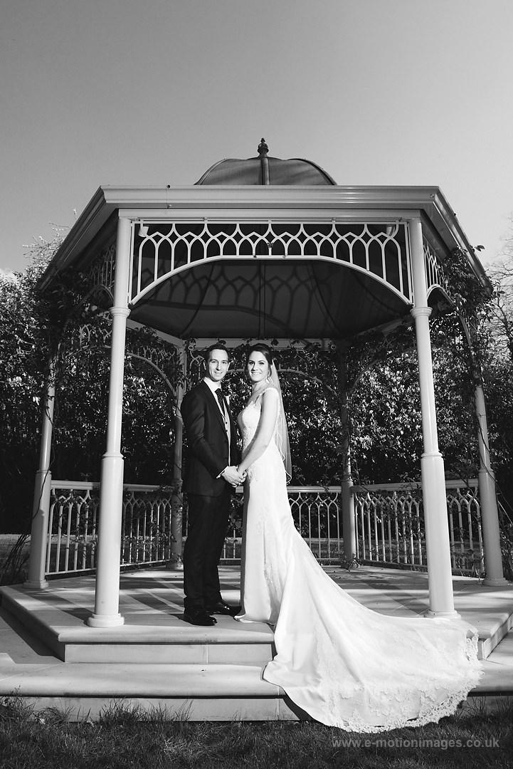 Karen_and_Nick_wedding_310_B&W_web_res.JPG