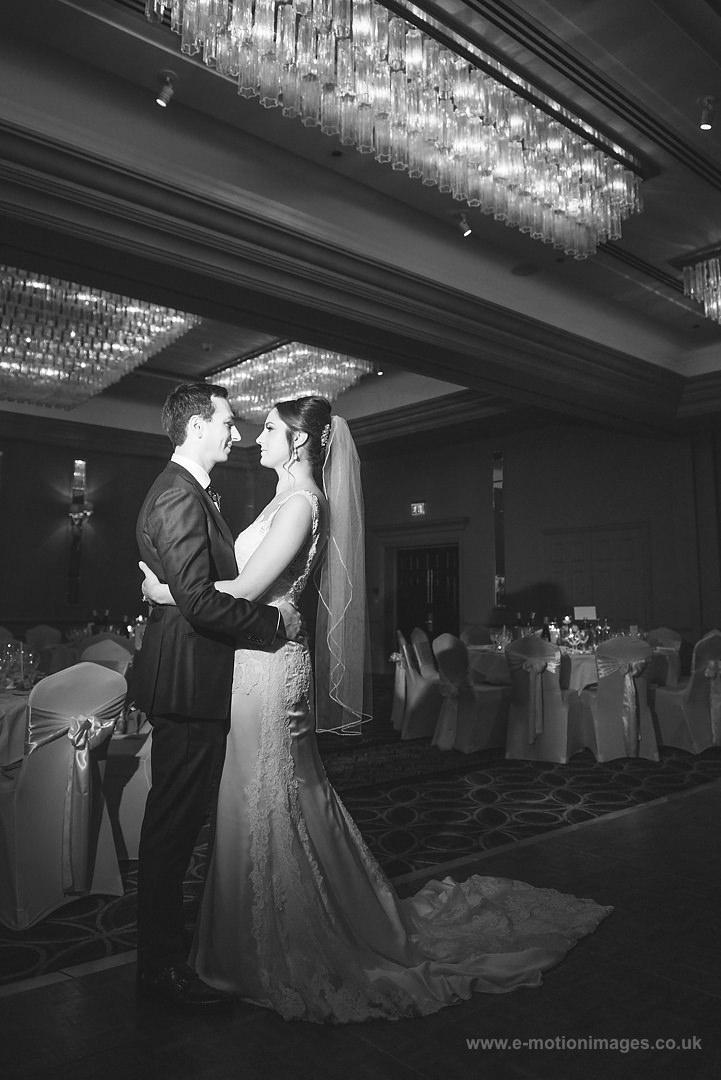 Karen_and_Nick_wedding_319_B&W_web_res.JPG