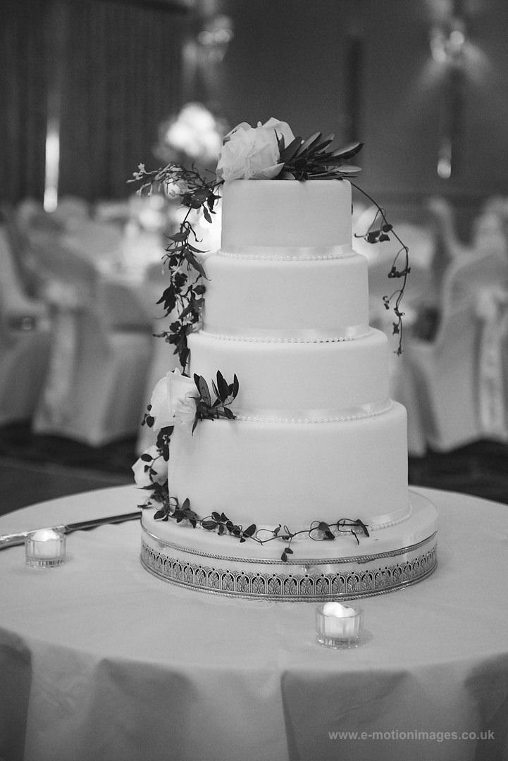 Karen_and_Nick_wedding_339_B&W_web_res.JPG