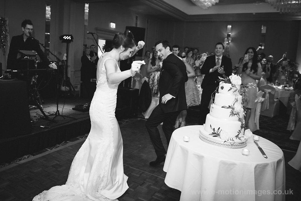 Karen_and_Nick_wedding_360_B&W_web_res.JPG