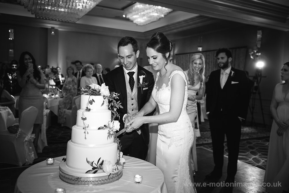 Karen_and_Nick_wedding_362_B&W_web_res.JPG
