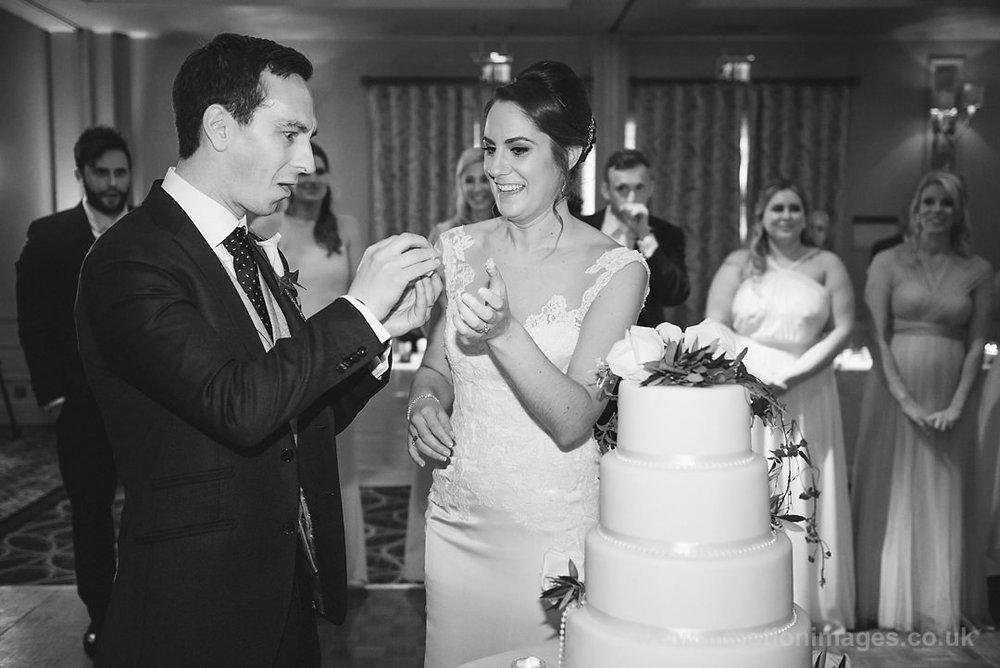 Karen_and_Nick_wedding_366_B&W_web_res.JPG