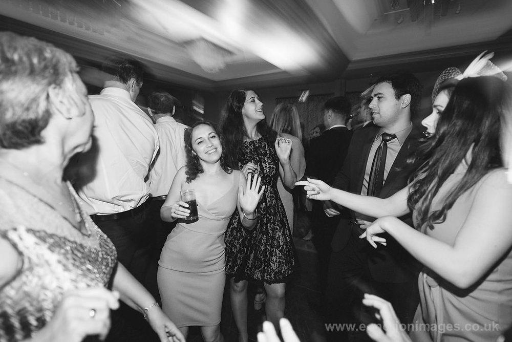 Karen_and_Nick_wedding_531_B&W_web_res.JPG