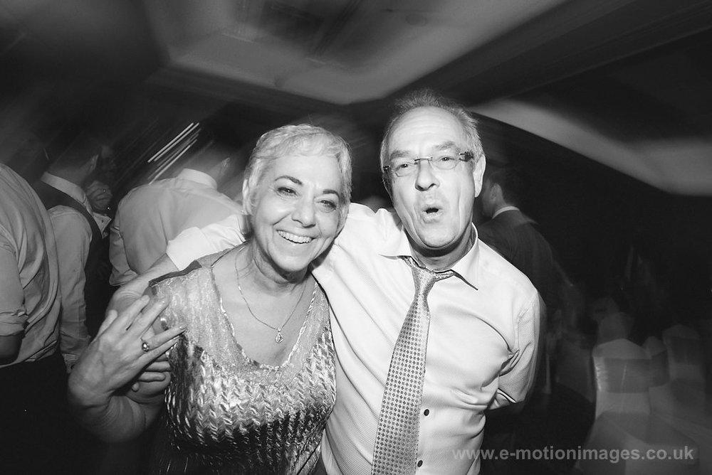Karen_and_Nick_wedding_543_B&W_web_res.JPG