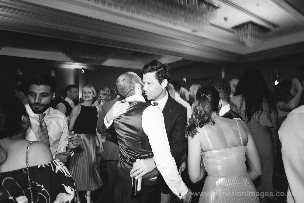 Karen_and_Nick_wedding_550_B&W_web_res.JPG
