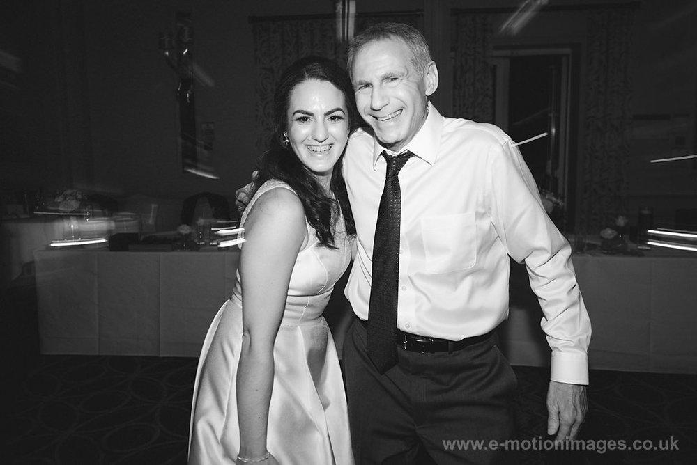Karen_and_Nick_wedding_560_B&W_web_res.JPG