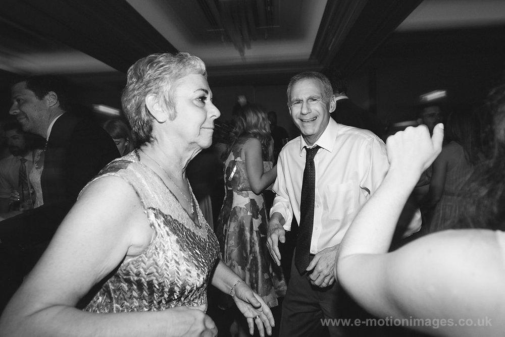 Karen_and_Nick_wedding_569_B&W_web_res.JPG