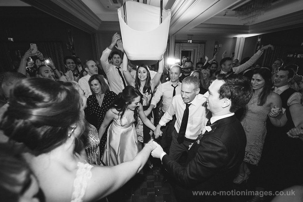 Karen_and_Nick_wedding_590_B&W_web_res.JPG