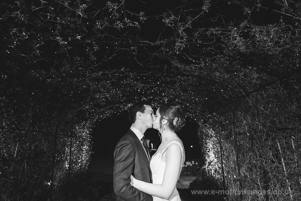 Karen_and_Nick_wedding_614_B&W_web_res.JPG
